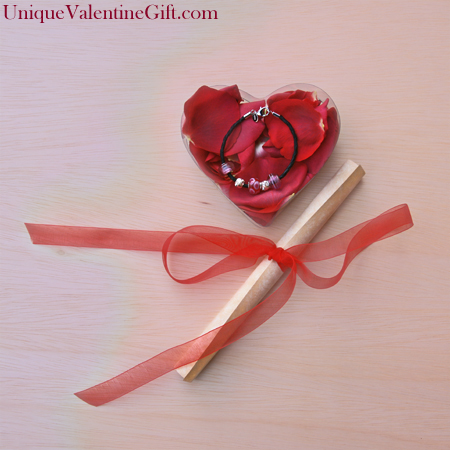 Unique Valentine Gift  Facebook